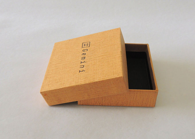 Custom Two Piece Paper Gift Box Lid And Base Gift Packaging Recycle Cardboard
